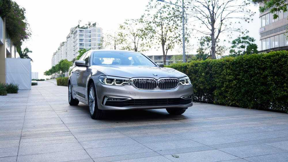 giá xe BMW 530i 2019 mới