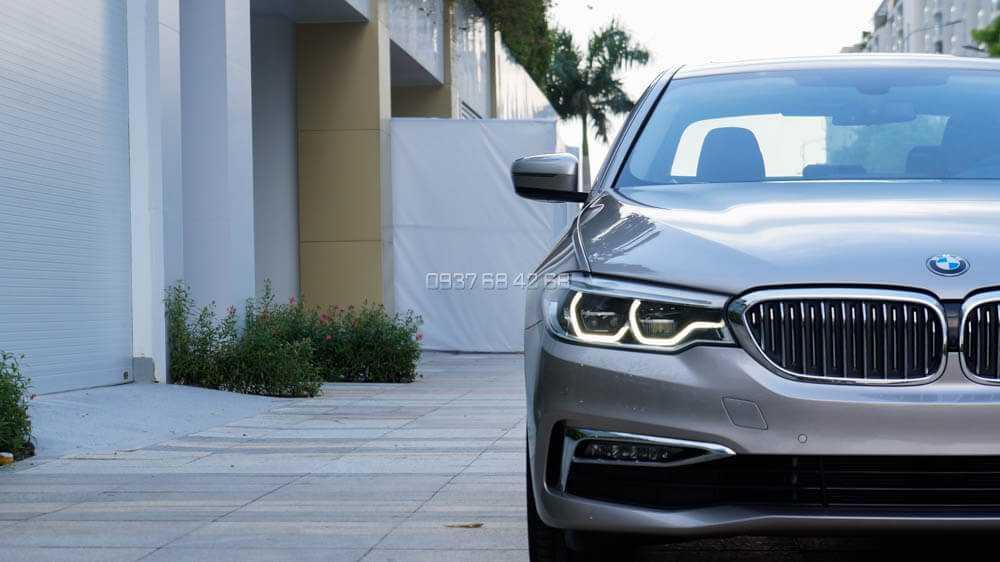 đèn xe BMW 530i
