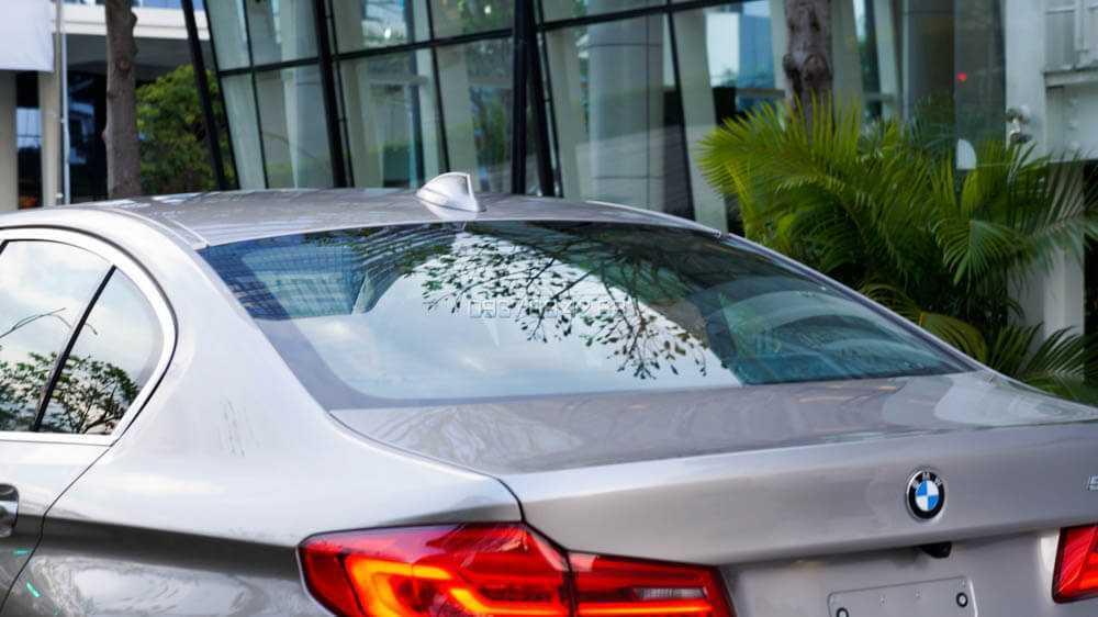 BMW Series 5 giá