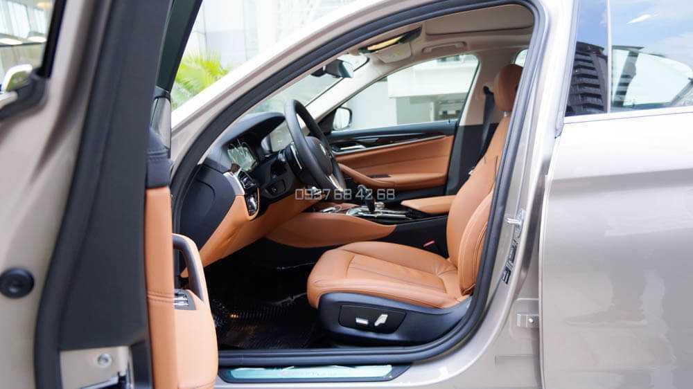 nội thất BMW Series 5 (BMW 520i và BMW 530i)