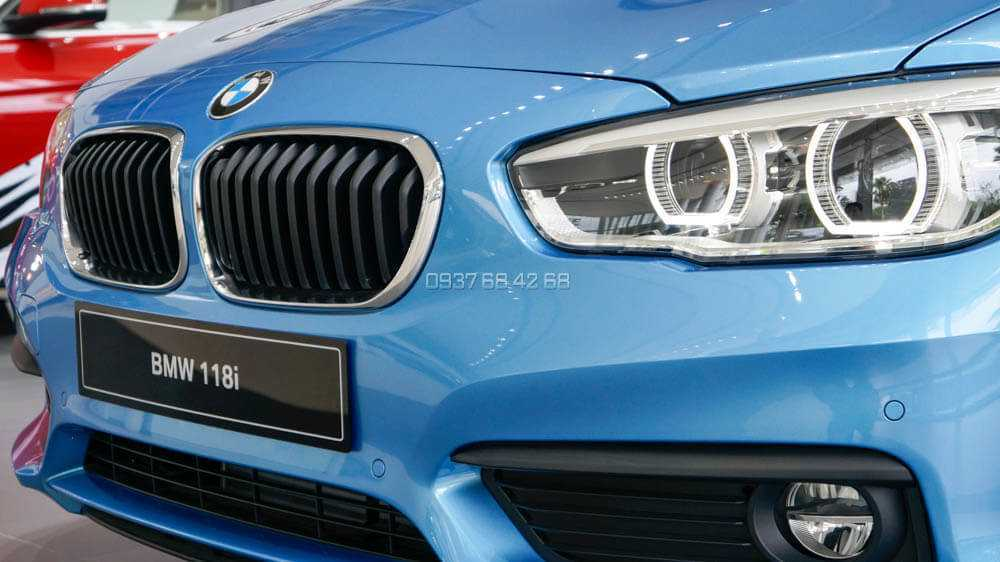 gia xe BMW 118i