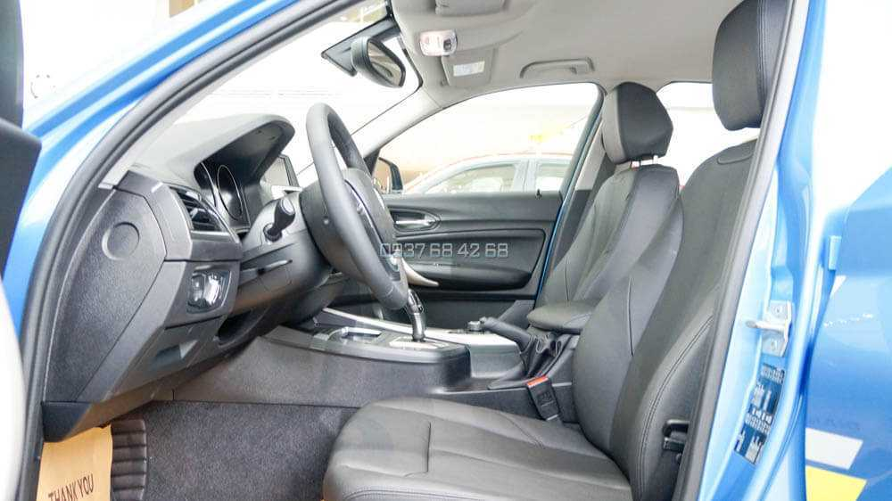 BMW 118i 5 cửa nội thất
