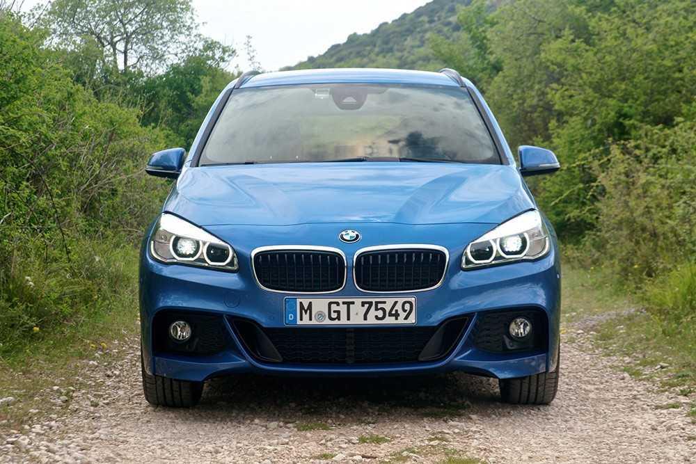 Đánh giá nhanh thiết kế BMW 218i 2020