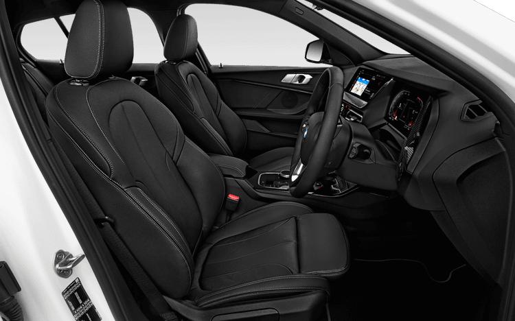 Đánh giá nhanh nội thất của BMW 118i 2020
