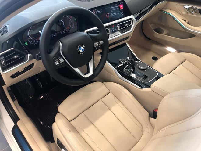 Cần biết những gì trước khi mua BMW 330i 2020 (Phần 1)
